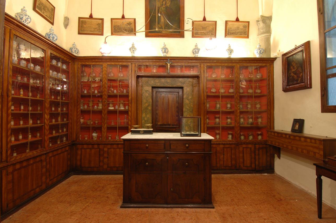Sistema Museale Di Ateneo – Villa La Quiete VLQ Farmacia